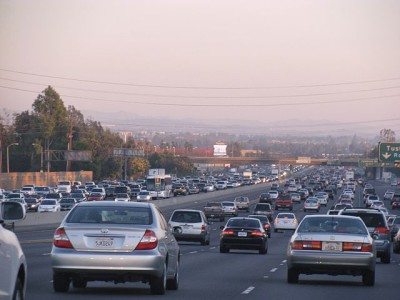640px-Traffic_in_Southern_California